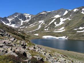Photo: Capcir:  estany Trebens amb el Carlit al fons