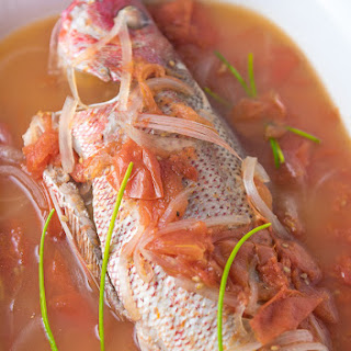 Kinamatisang Isda (Red Snapper with Tomatoes).