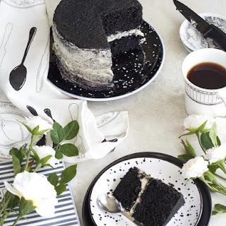 Black Velvet cake with Mascaporne frostings.