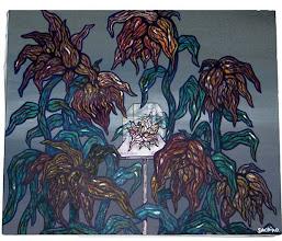 Photo: no title / canvas, acryl, 2000  中心の小さな花と、その周りの枯れてゆく花。 小さな花を守ろうとしているのか 小さな花によって朽ちていっているのか。  見る人の心によって見え方が違うのではないかと思う。 そういうものを描きたかった。