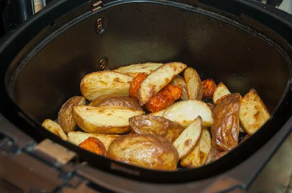 Air Fryer Essentials: Buttery Carrots & Taters Recipe