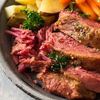 Crock Pot Guinness Corned Beef.