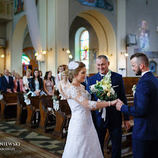 Wedding photographer Michał Wiśniewski (winiewski). Photo of 12.09.2017