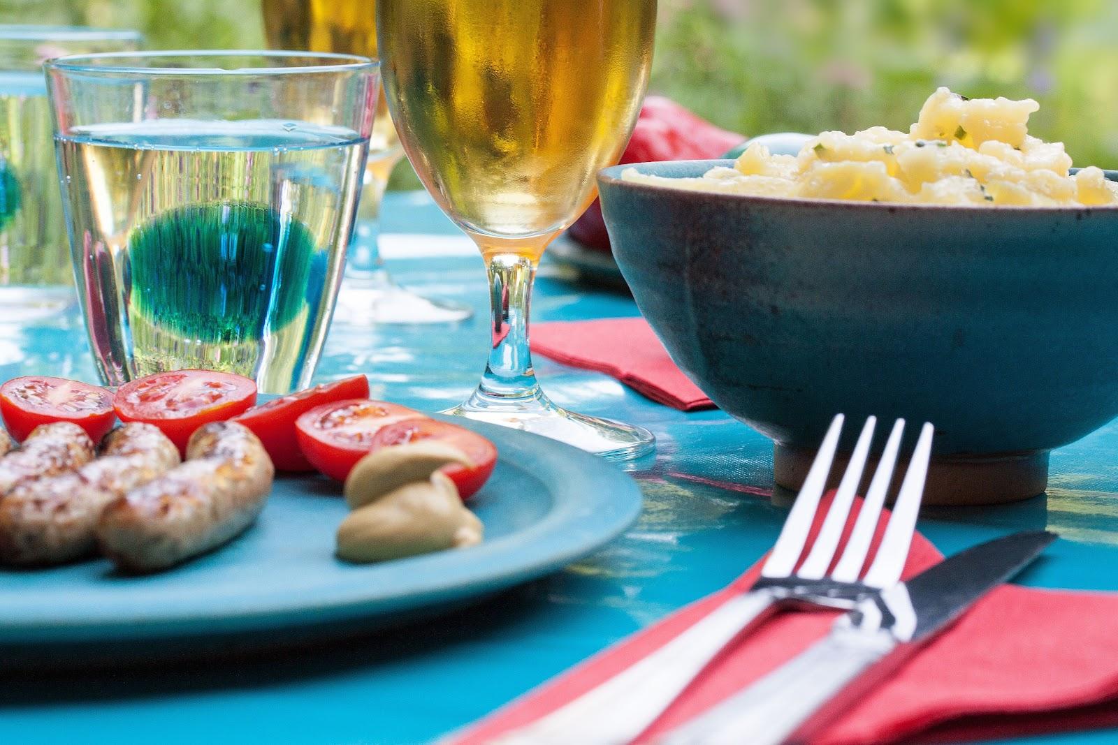 dinner party 3.jpg
