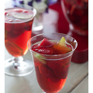 Sangria for your Valentine.