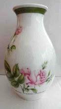 Photo: Hutschenreuther Porcelain Vase Crystal Porcelain Ware Shop www.crystalporcelainwareshop.com