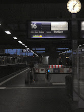 Photo: Pünktlich am Hbf Düsseldorf, der Zug geht um 06:27h