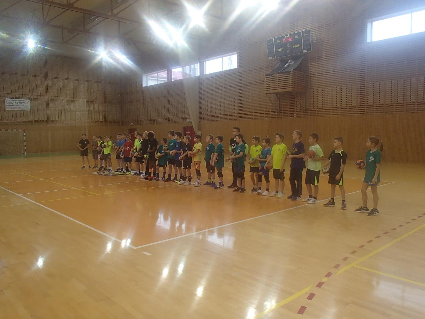 C:\Users\Pedagog\Pictures\Hanball camp ml. ž. 25.11.18\PB250122.JPG