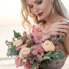 Wedding photographer Elvira Gilmanova (gilmanovaer). Photo of 03.01.2018