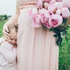 Wedding photographer Alya Balaeva (alyabalaeva). Photo of 16.12.2015