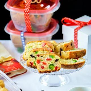 Chocolate Chip Panettone - Italian Christmas Bread