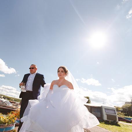 Wedding photographer Tanya Zhukovskaya (Tanyanov). Photo of 24.09.2017