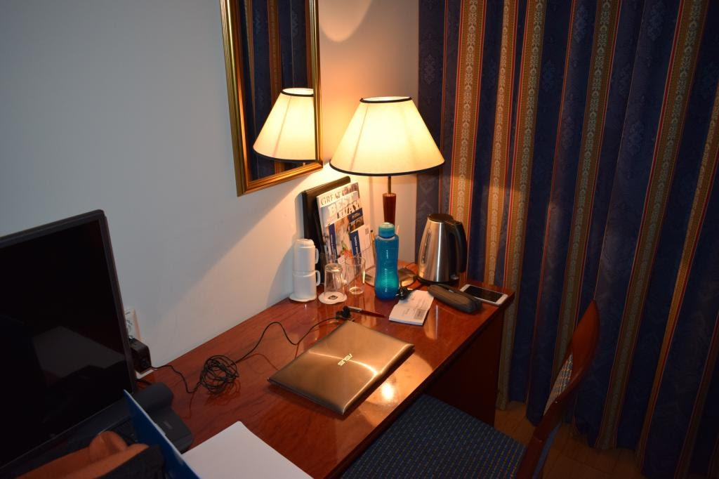 My Best Western room: quite nice! Since I could not go to Oslo, I at least managed to get some work done comfortably settled.