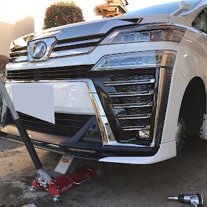 ヴェルファイア AGH30W ZGエディション平成30年10月7日のタイヤのカスタム事例画像 kazuさんの2019年01月02日05:20の投稿