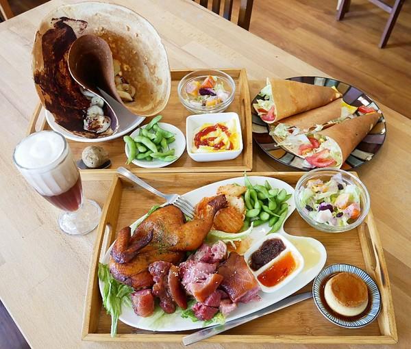 Relax.brunch 輕鬆點早午餐-台南東區大份量早午餐  連大食怪等級的我都差點投降  大推德國豬腳
