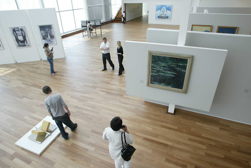 The Museum of Modern Art in Le Havre houses impressionist and post-impressionist artwork.