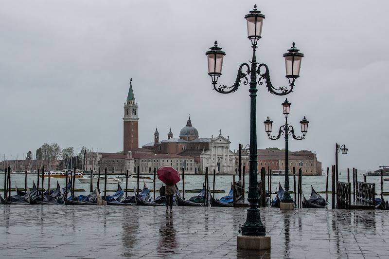 Riflessi sulla pioggia di Cristian Pedrini