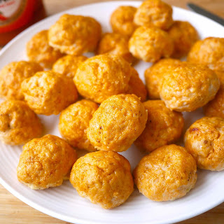 Healthy Buffalo Turkey Meatballs (paleo, GF)