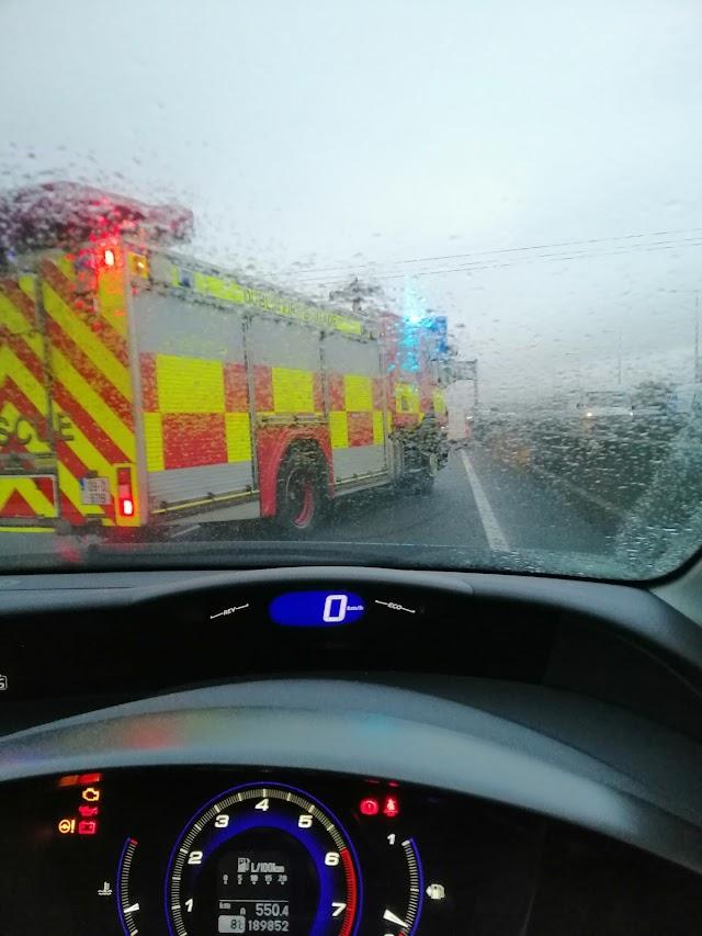 La llegada de los bomberos al lugar del accidente. (Fotos: Alba Fuillerat)