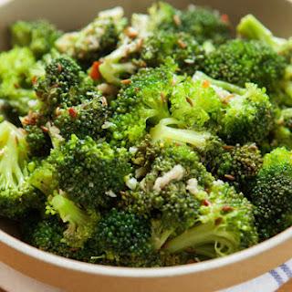 Broccoli Salad With Garlic and Sesame Vinaigrette