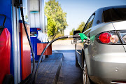 Fuel prices are expected to decrease again at month end, says the AA.