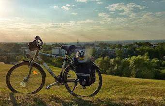 """Photo: """" Kraków w cieniu mojego roweru:) Widok z Kopca Kraka na miasto które jest jednym wielkim zabytkiem. """" - Hopfen"""