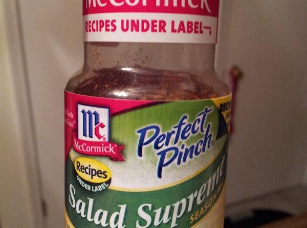Melt margarine in skillet Rub slices of tomato into mix, coating both sides