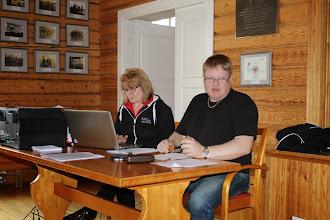 Photo: Kokouksen puheenjohtajana toimi Ari Pirhonen ja sihteerinä Hannele Viikki.