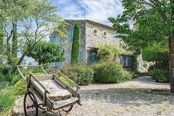 propriété à Saint-Paul-Trois-Châteaux (26)
