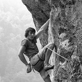 plezalec v previsu  by Janez Žalig - Sports & Fitness Climbing ( previs plezalec stena počitek oprimek )