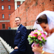 Wedding photographer Aleksandr Kosarev (Almotional). Photo of 26.10.2013
