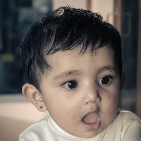 by Shaikh Athfaan - Babies & Children Child Portraits