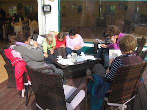 Photo: Popijając kawę, czekaliśmy na kolejne porcje przyjemnności. Ani nam w głowach byli piraci.