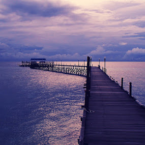 derawan quay by Benny De - Landscapes Sunsets & Sunrises