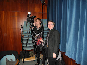 Photo: L'équipe d'UPtv de l'Université de Poitiers, Flora BELLE et Cécile RODRIGUEZ.