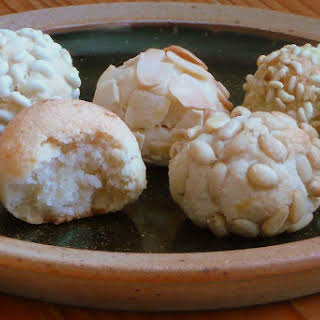 Sicilian-style Almond Biscuits.