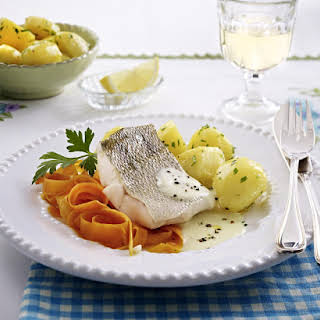 Müritz - Steamed Perch with Potatoes and Carrots.