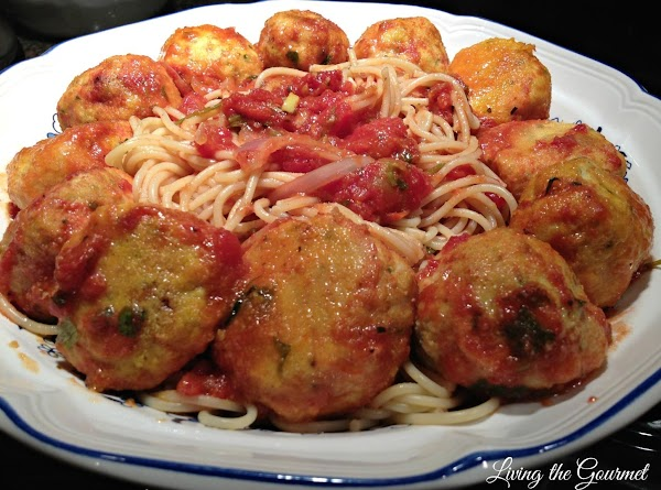 Chicken Meatballs With Red Sauce And Spaghetti Recipe