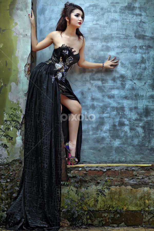 by Aditya Perdana - People Portraits of Women