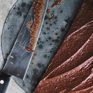 Raw Chocolate Tart with a Cashew Coffee Crust {print me!}