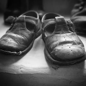 Old Shoes by Oliver Bucek - Black & White Macro (  )