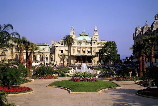Monaco-Monte-Carlo-Casino.jpg - Tuxedos are optional, but a visit to the Casino in Monte Carlo is a must.
