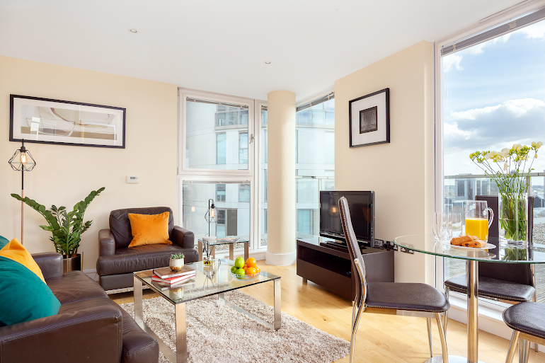 Living room at Lanterns Court Serviced Apartments, Canary Wharf