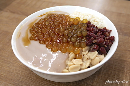 阿爸の芋圓 樂華夜市旁 芋圓芋泥蔗片冰專賣