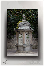 Foto: am Brunnen vor dem Tore