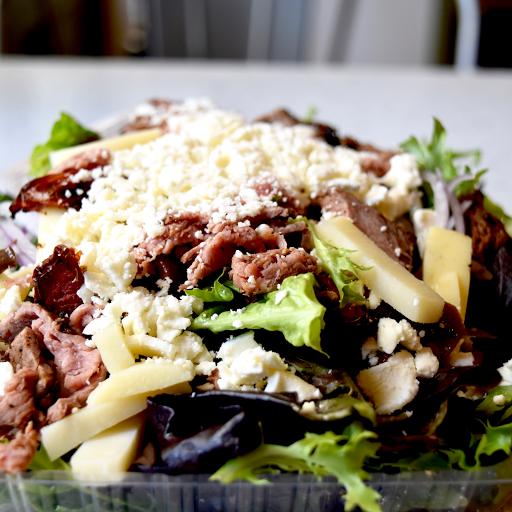 Peppered Grilled Steak Salad