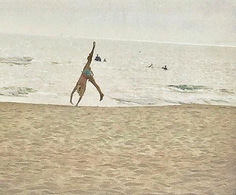 Funambolo da spiaggia. di holiverroma