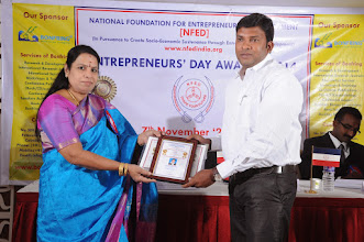 Photo: Chief Guest Dr. V. Padmavathy Issuing Young Entrepreneur Award to Mr. Murali. T., Sparkles, Avadi, Chennai