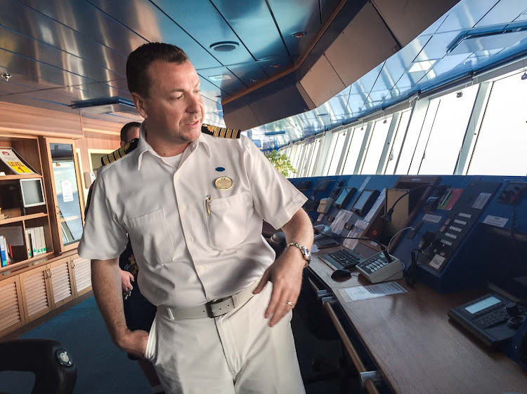 On The Bridge With The Captain Of Ruby Princess Cruiseable - Cruise ship captains