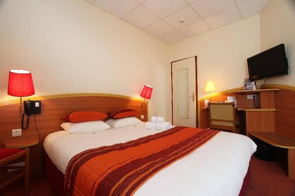 Kyriad Hotel Lamballe